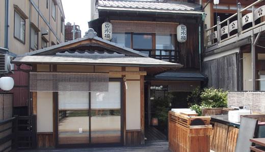 京都鴨川納涼床-3