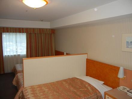 亀のホテル4人部屋