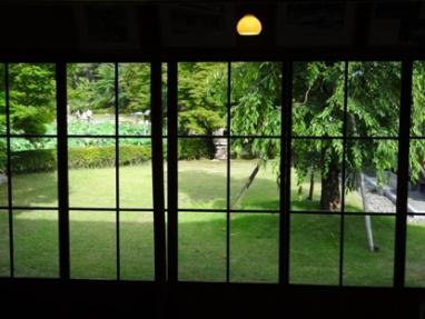 燕喜館の庭