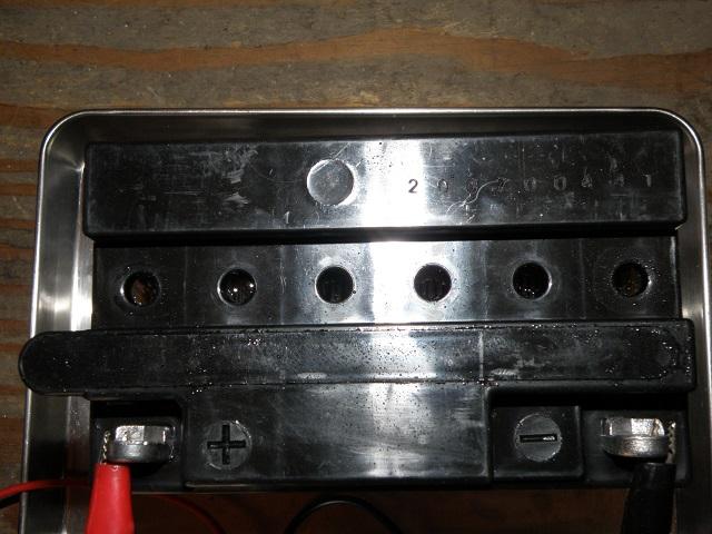 ZZR400444.jpg
