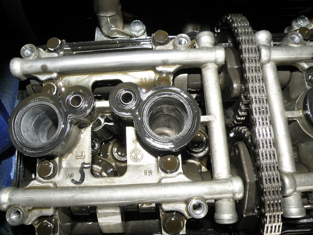 ZZR400459.jpg