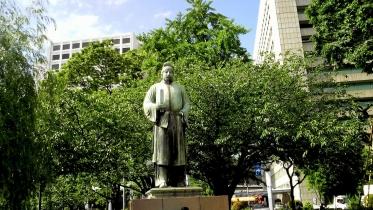 竹橋平川門1-05(和気麿麻呂像)