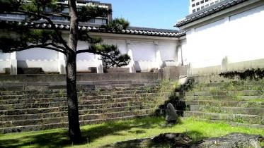 竹橋平川門1-16