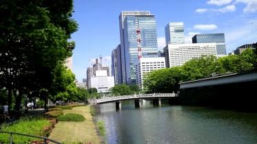 竹橋平川門1-18