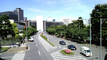 竹橋平川門1-24