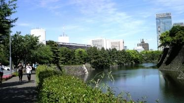 竹橋平川門1-27