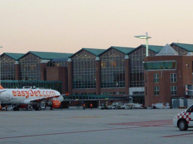 ベネチア空港