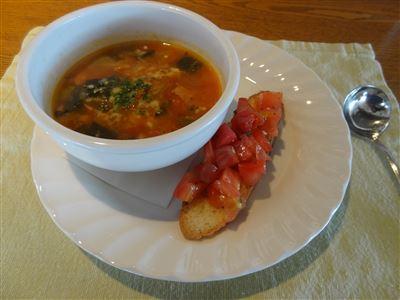 Bランチのスープとトマトバルケッスタ