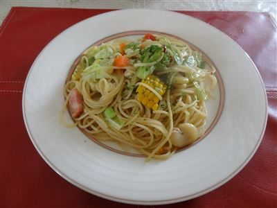 夏野菜のバジルのペペロンチーノ