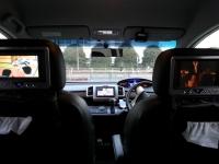 ipod touchとカーナビDVD映像をカーナビとヘッドレストモニターで見る