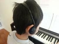 ヘッドホンでピアノ練習