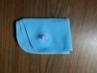 空気枕のトラベルピローを畳んだとき
