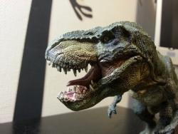 超リアルな恐竜フィギュア!ティラノサウルス・レックス(走) 口開き