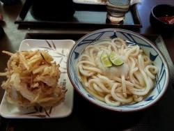 讃岐釜揚げうどん丸亀製麺で珍しい「すだちおろし冷かけ」