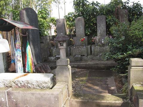 IMG_2360 ⑫近藤勇の墓