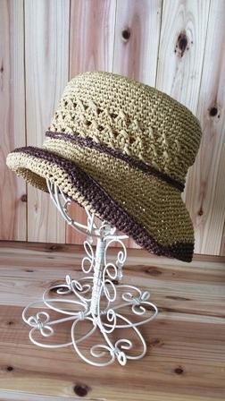 透かし模様の帽子(198-2)