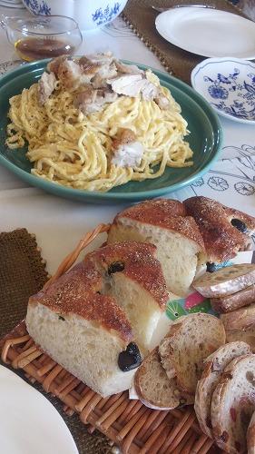 パスタとパン