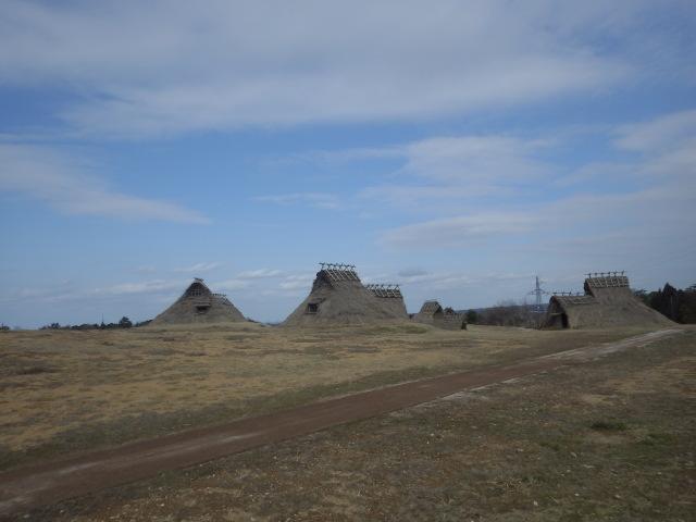 妻木晩田遺跡(ムキバンダイセキ)いっぱいの竪穴式住居