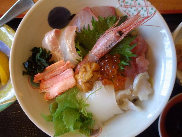 海鮮丼大満足!