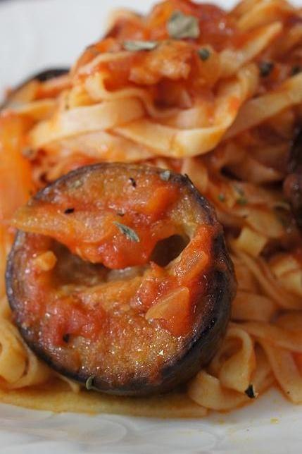 aubergine tomatosauce tagliolini 9