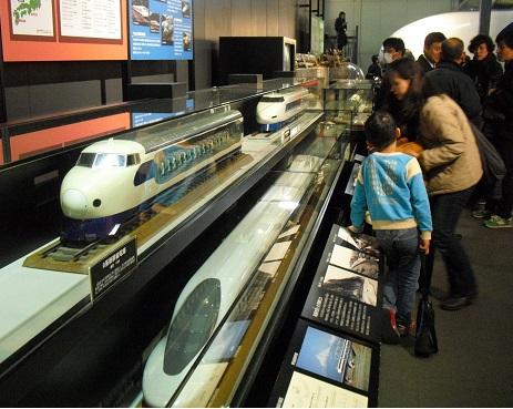2 交通科学博物館・内部