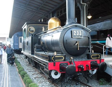 13 蒸気機関車