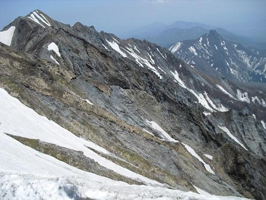 14 夏山登山道・弥山頂上から剣ヶ峰