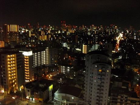 6 暮れゆく大阪市内