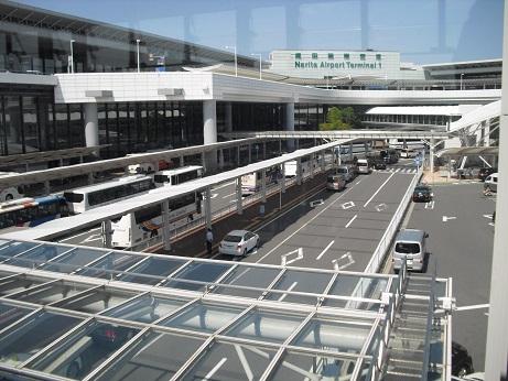 6 成田空港T1