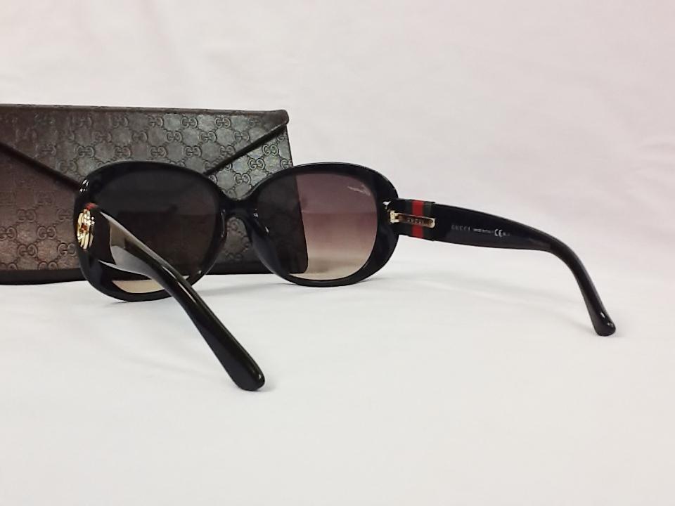 グッチ 品番:GG-3660/K/S フレームカラー:D28 SHINYBLACK レンズサイズ:57ミリ