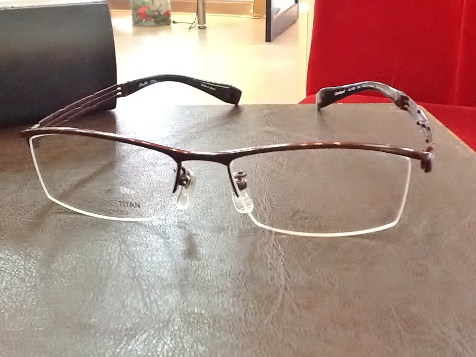 ラインアート 品番:XL1028 フレームカラー:BU レンズサイズ:54ミリ