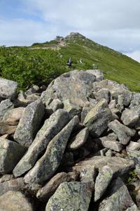 登山道の岩場