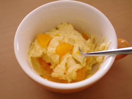 ホットケーキミックスで簡単一度に3種のフルーツカップケーキ06