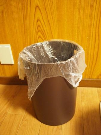 ゴミ箱 (3)