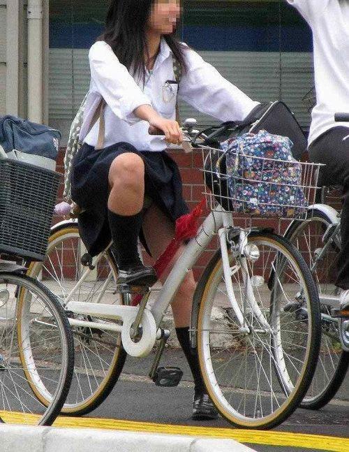 【三次画像あり】 JKがミニスカで自転車に乗ってる姿を後ろから眺めるの幸せすぎ♪ 56枚 part.13 No.55