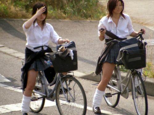 【三次画像あり】 自転車にJKが乗ってるとパンチラを期待しちゃうよな! 26枚 part.2 No.1