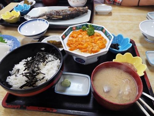4-1_ウニ丼