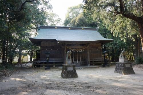 5拝殿 (1200x800)