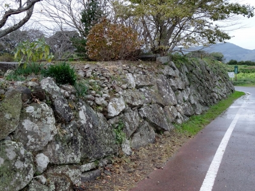 4石垣 (1200x900)