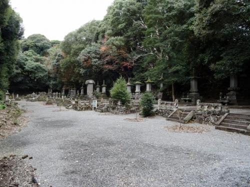 6鹿島藩主の墓所 (1200x900)