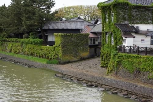 3山居倉庫 (1200x800)