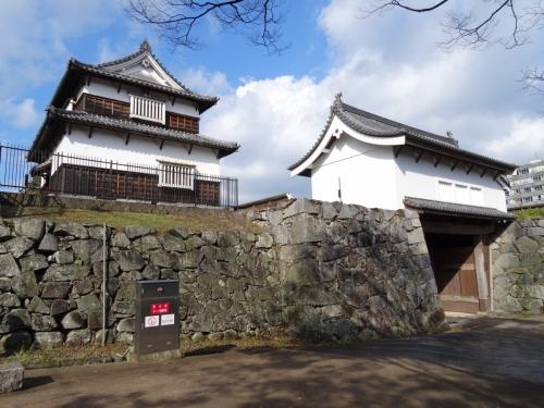 6潮見櫓と下之橋門 (1200x900)