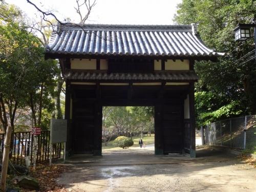 8名島門 (1200x900)
