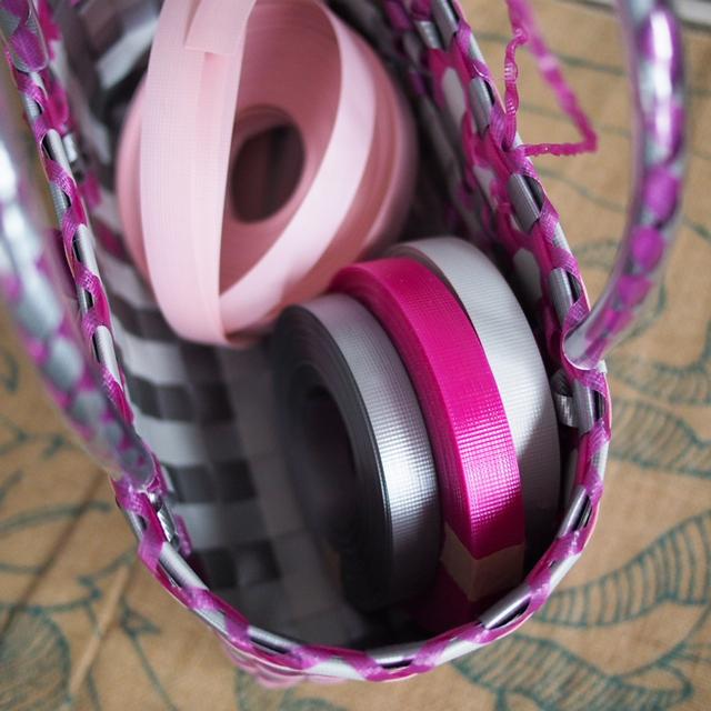 日本製PPバンド、で作るプラカゴサンプル、シルバーとピンク