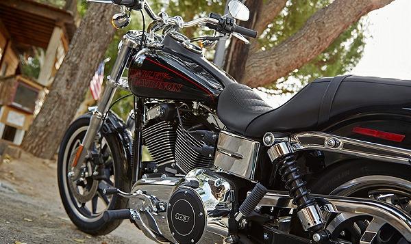 14-hd-low-rider-4.jpg