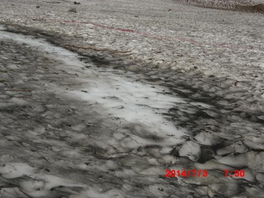 ツルツル雪渓