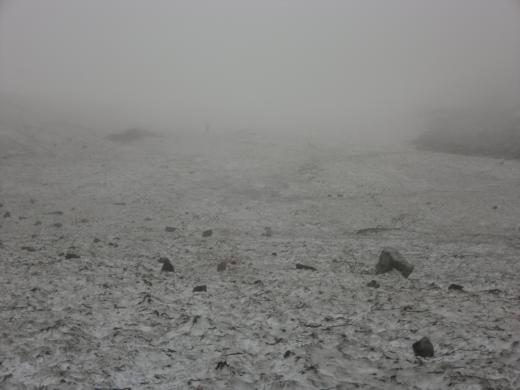 ガスの大雪渓2