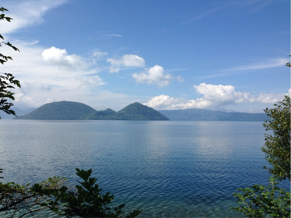 洞爺湖の湖畔から 快晴 風弱め 撮影:遠藤夕幻