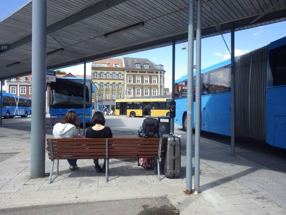 エグモントへのバス