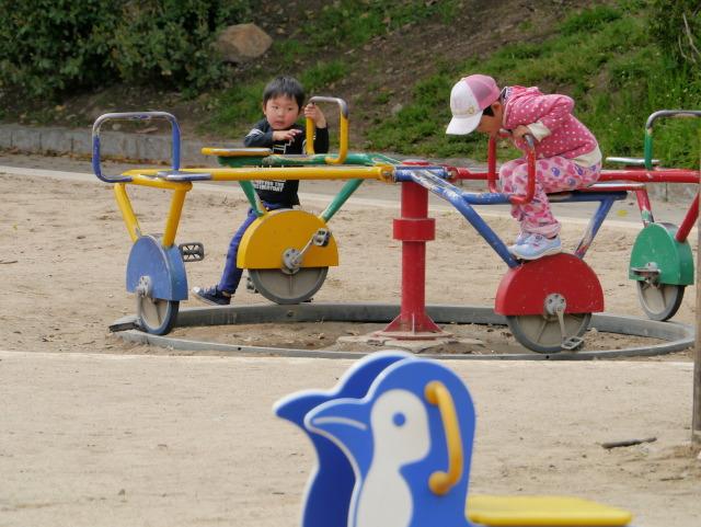 P1150906 遊具の子供